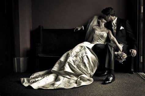 Romantic Wedding Pose  Must Have Photos! Pinterest