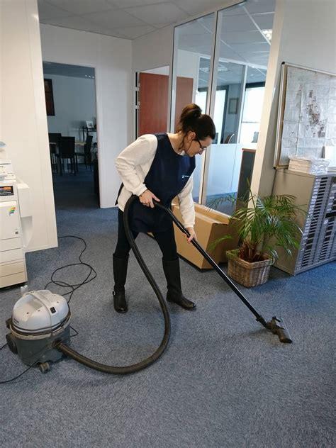 nettoyage de bureaux femme de ménage pour le nettoyage de vos bureaux sur la