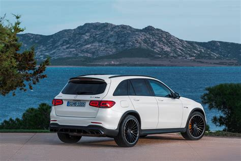 Start here to discover how much people are paying, what's for sale, trims, specs, and a lot more! 2021 Mercedes-Benz AMG GLC 63 Price, Review and Buying Guide | CarIndigo.com