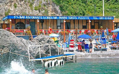 Best Restaurants Amalfi Coast by Amalfi Coast Beaches With Kid Friendly Restaurants