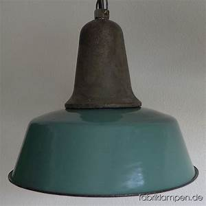 Grün Und Blau : la90 industrieleuchte in gr n und blau caturus fabriklampen ~ Markanthonyermac.com Haus und Dekorationen