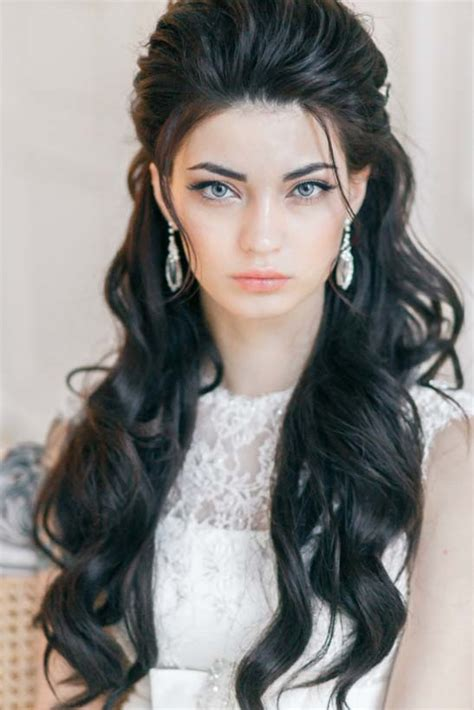long wavy wedding hairstyles   yuliya vysotskaya
