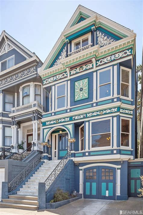 This San Francisco Victorian Is In Tune With The Season