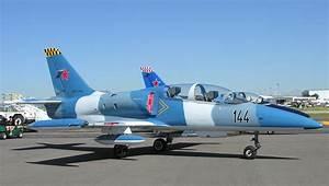 File:Aero Vodochody L