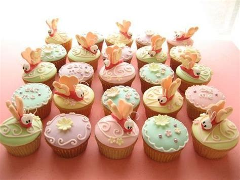We did not find results for: Butterflies (With images)   Alice in wonderland cupcakes ...