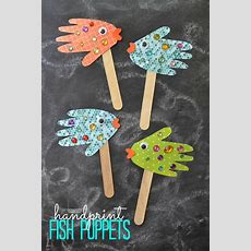 Easy Kids Craft Handprint Fish Puppets  Puppet, Craft