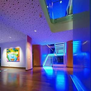 Luminaire Led Plafond : luminaire led pour le plafond l 39 clairage indirect moderne ~ Edinachiropracticcenter.com Idées de Décoration
