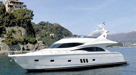 Types Of Boats Yachts by Types Of Yachts Woods Associates Yacht Brokerage