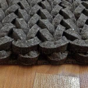 tapis design tresse uni taupe en laine par ligne pure With tapis tressé laine