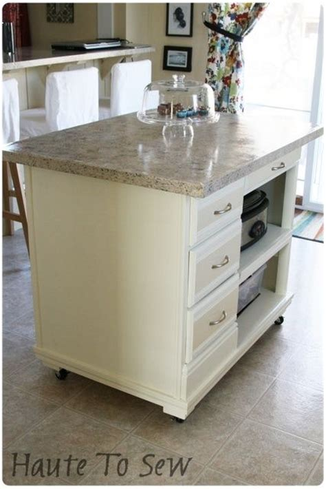 small kitchen island on wheels 1000 ideas about small kitchen islands on