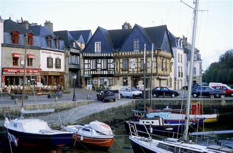 locations de vacances  proximite  port saint goustan auray