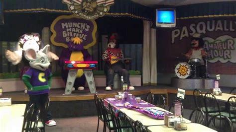 chuck  cheeses rockstar birthday show wichita fall
