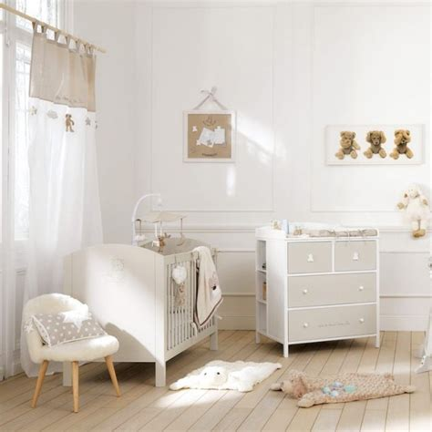 tapis bebe chambre tapis chambre bebe ourson chambre idées de décoration
