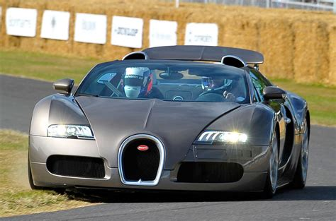 Some could argue that bugatti should have went with a more radical styling, given the. 2016 Bugatti Chiron