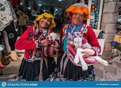 Peruvian Clothing Traditional Peru Market Pisac September