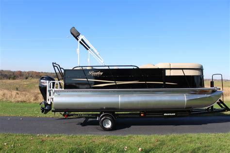 Pontoon Boats Richmond Ky by 2017 Bentley Pontoon With 90hp Motor For Sale In Richmond