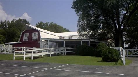 Chaffin Barn Dinner Theatre by Chaffin S Barn Dinner Theater Sold Nashville Business