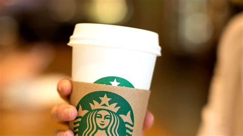 Check out this handy list for the yummiest picks, but remember, even though there's no coffee, that doesn't mean there's no caffeine! Starbucks' New 20,000-Square-Foot Cafe Will Take Your Coffee Drinking to the Next Level | Glamour