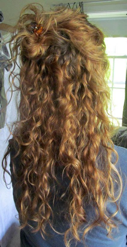 25 best ideas about curly hairstyles on pinterest curly
