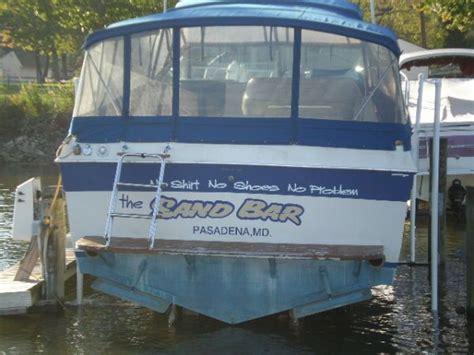 Sundance Boats Pasadena by 1985 Chris Craft 336 Commander Mid Cabin Power Boat For