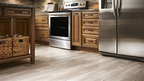 linoleum flooring kitchen ideas vinyl wood look flooring ideas 7125