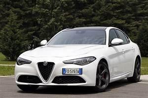 Essai Alfa Romeo Giulia : essai alfa romeo giulia notre avis d taill sur la giulia diesel photo 39 l 39 argus ~ Medecine-chirurgie-esthetiques.com Avis de Voitures