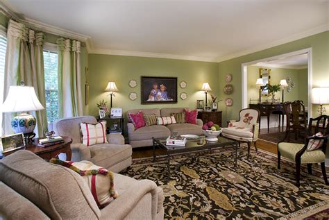 ways  organize  living room   budget