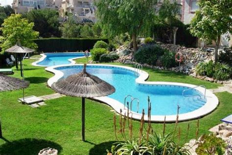 backyard with swimming pool 6 latest trends in decorating and upgrading backyard swimming pools