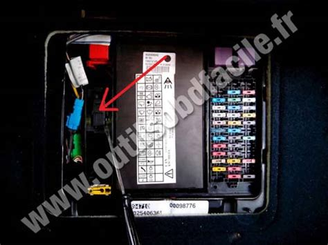 Renault Espace Fuse Box Diagram Manual by Obd2 Connector Location In Renault Espace Iii 1997 2003