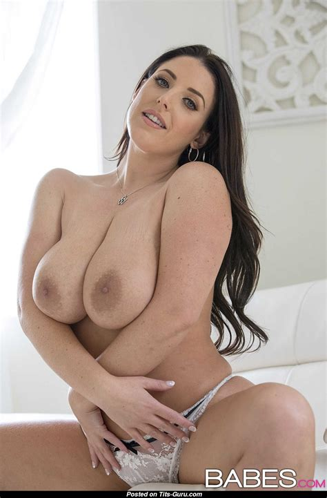 Angela White Sexy Nude Brunette With Big Natural Tots