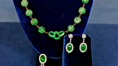 antiques roadshow appraisal jade jewelry collection