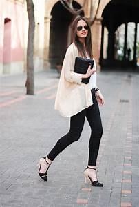 How To Wear Kimono Jackets 2018   FashionGum.com