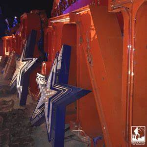 Reviewing The Neon Museum Where Lights of Vintage Vegas