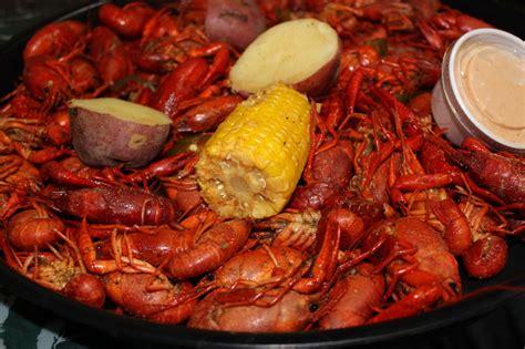 cuisine cajun boiled crawfish realcajunrecipes com la cuisine de maw maw