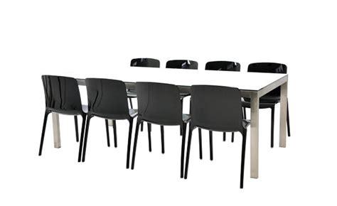 location de tables et chaises location ensemble chaises noir table linea
