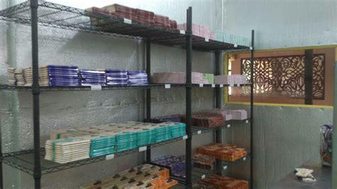 J a u h cokelat music and lyrics by : Wisata Edukasi Kampung Cokelat 'Gallerys Chocolate Story' di Kendal - BLOGGER KENDAL