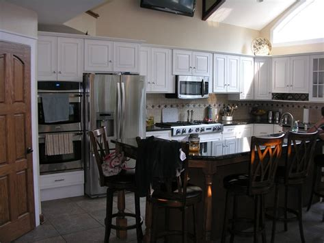 what to look for in kitchen cabinets kitchen cabinets by dshute lumberjocks 2158