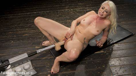 Old Newbie Darina Poundings Her Taste Assfuck Stretched