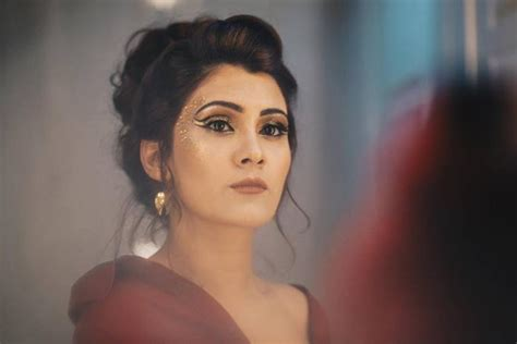 Aastha Gill Makes Her Bollywood Debut With 'kamariyan