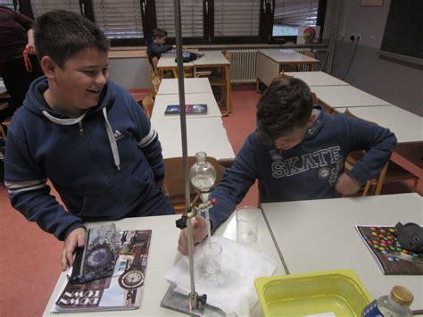 Naravoslovni dan: Eksperimenti - naredi sam - Osnovna šola ...