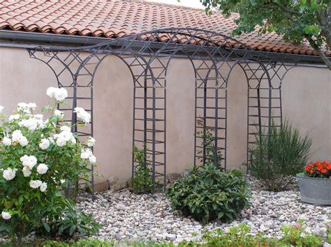 ferronnerie d rocle pergola gloriette marquise arche de jardin