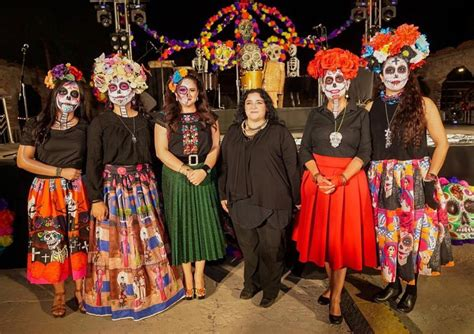 Festival del Día de Muertos honra tradición mexicana ...