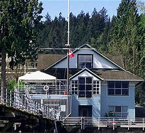 Deep Cove Yacht Club North Vancouver British Columbia