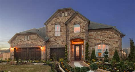 houston luxury home builder announces  model home