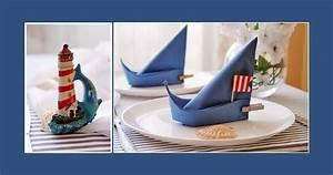 Servietten Falten Tischdeko : maritime tischdeko zur konfirmation oder kommunion ~ Markanthonyermac.com Haus und Dekorationen