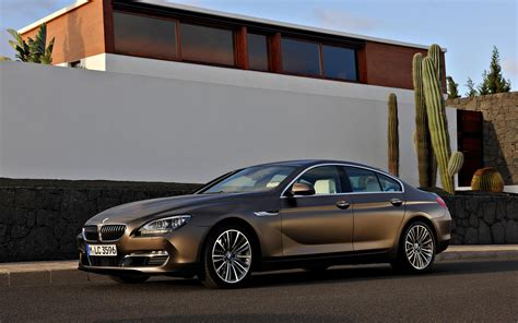 Bmw 6 Series Gt Backgrounds by 2013 Bmw 6 Series Gran Coupe On Road Wallpapers