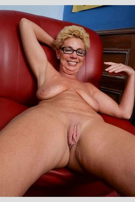 Taylor Lynn (GREAT MATURE) -Mature Porn Photo