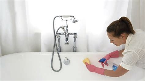 cleaning tub with coca cola baby powder and other surprising stain removers