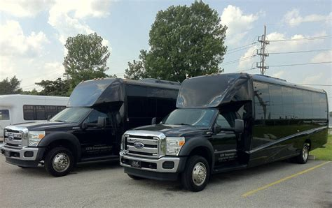 Airport Transportation Service by St Louis Airport Shuttle Services Airport Transportation