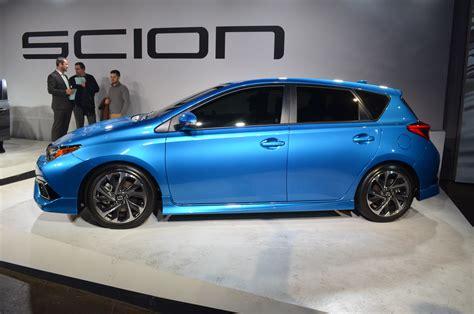 2016 Scion Im Debuts